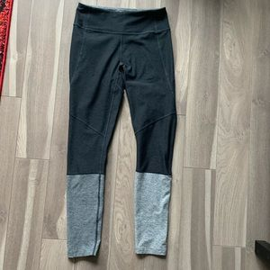 Outdoor voices 7/8 Dipped leggings